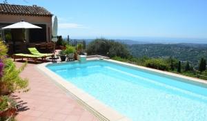 2-terrasse-piscine-vue